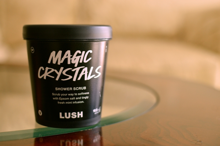 Review | LUSH Magic Crystals Shower Scrub